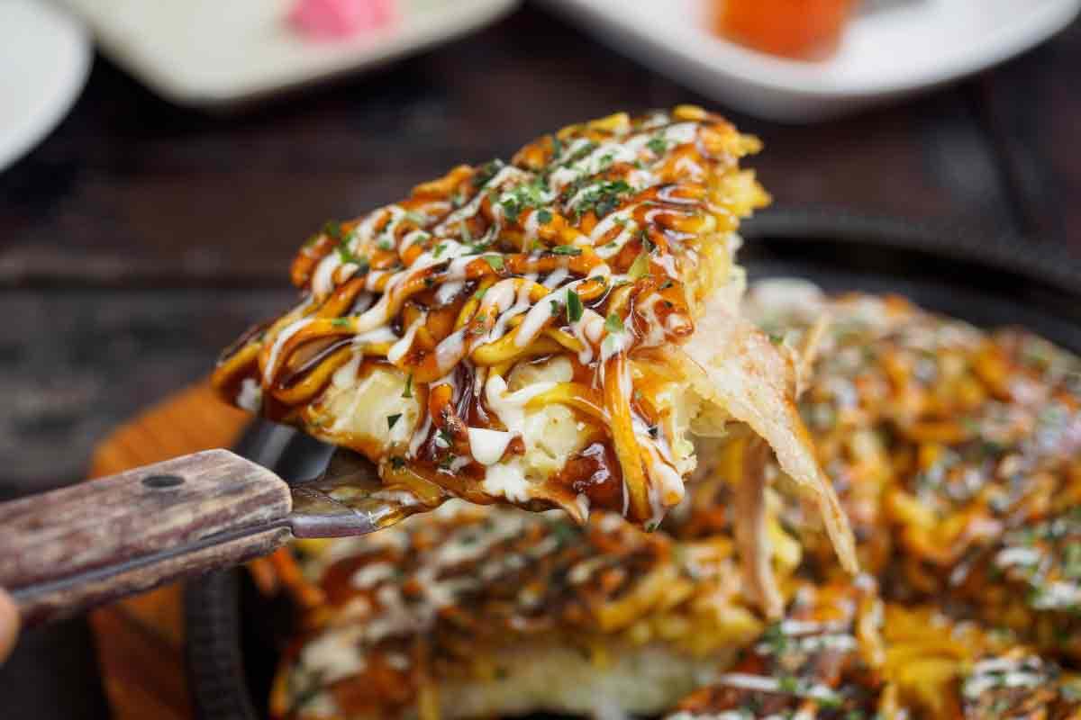Okonomiyaki-plat-Japon