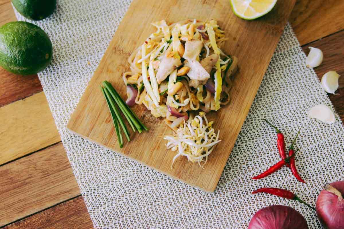 pad-thai-thailande-specialite-1200×800