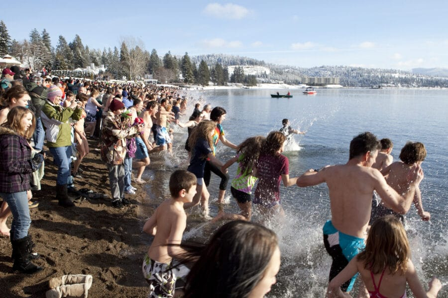 Start of a Polar Bear Plunge