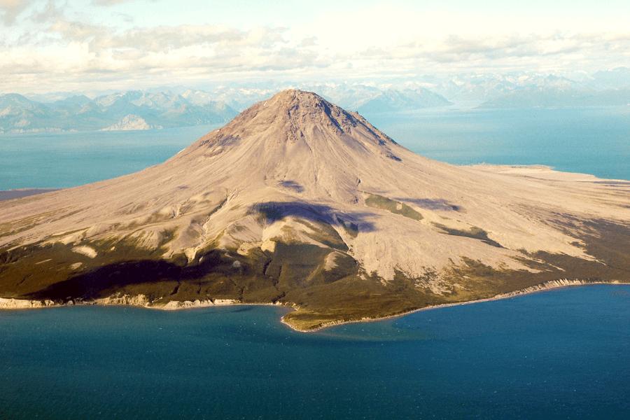volcan-Augustine