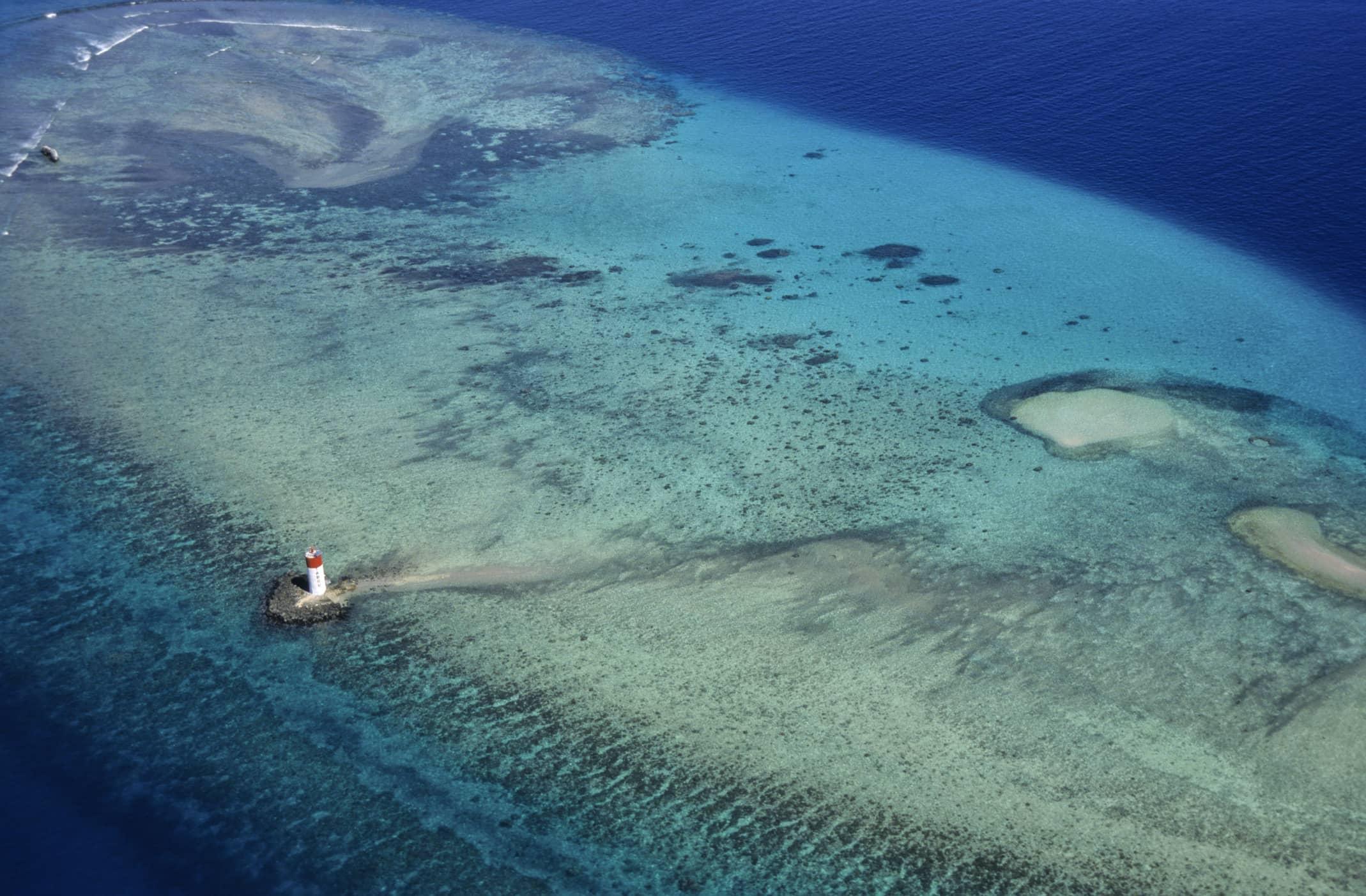 Vue aérienne sur le Grand Lagon Sud de Nouvelle-Calédonie