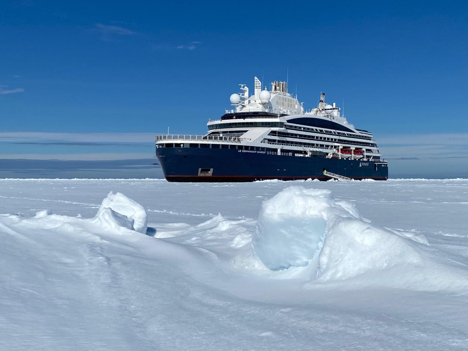 IMG_2194_Commandant-CHARCOT_Groenland-Juin2021©PONANT-Nicolas Dubreuil